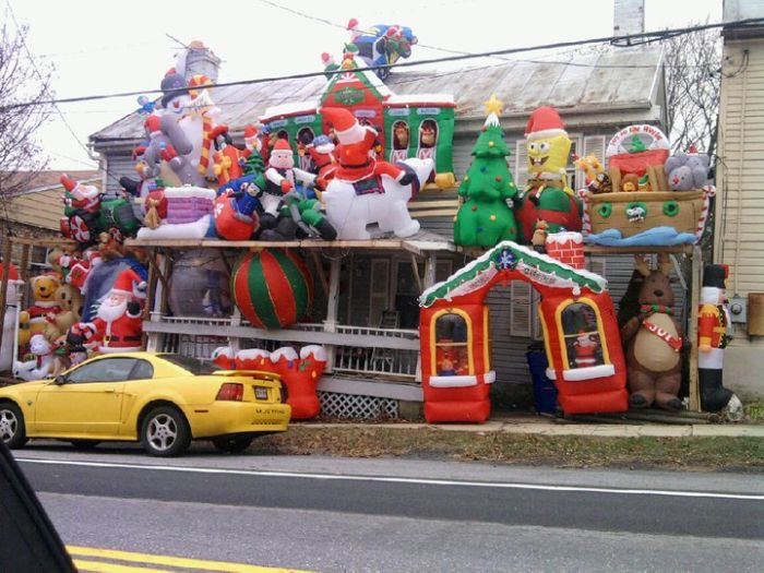 Christmas House Decorations crazy christmas house – 1funny
