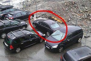 stuck-car-parking