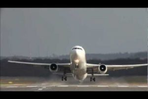 Crosswind Landings at Dusseldorf Airport