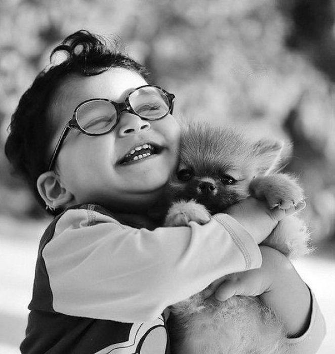 [Image: puppy-hug.jpg]