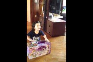 Little Girl gets Easy Bake Oven