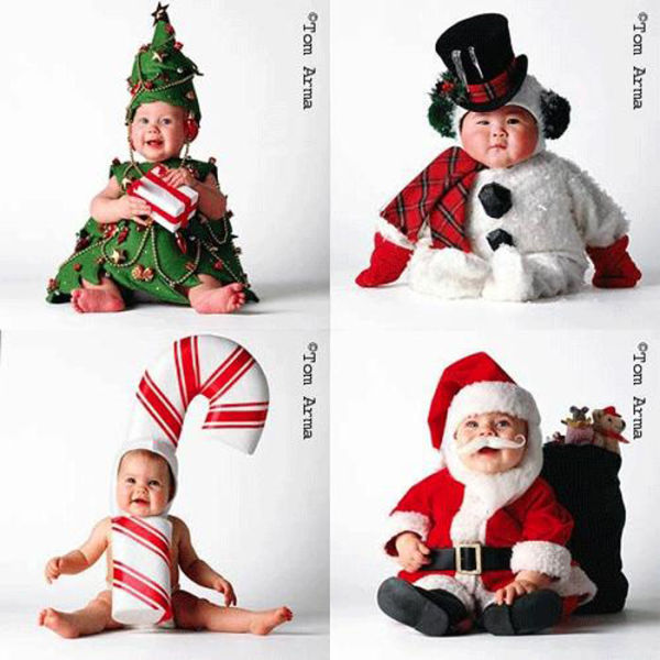 funny family christmas greetings 22 pics. Black Bedroom Furniture Sets. Home Design Ideas