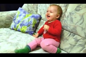 Best-Babies-Laughing-Compilation-2016-NEW