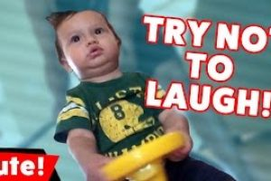 Try-Not-To-Laugh-At-These-Funniest-Kid-Videos-of-2016-Compilation-Kyoot-Kids