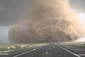 Extreme-up-close-video-of-tornado-near-Wray-CO