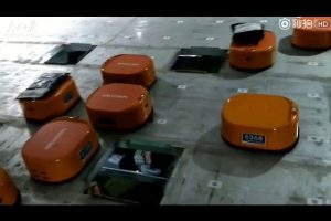 Robots-sorting-system-helps-Chinese-company-finish-at-least-200000-packages-a-day-in-the-warehouse