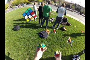 Solving-three-cubes-while-juggling-them