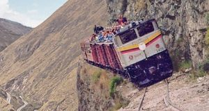The-MOST-DANGEROUS-and-EXTREME-RAILWAYS-in-the-World-Compilation-of-Incredible-Train-Journeys