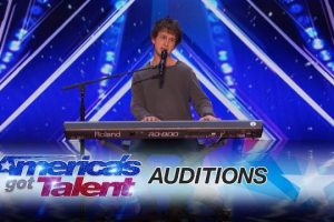 Darcy-Callus-Singer-Dedicates-A-Song-For-His-Father-Americas-Got-Talent-2017