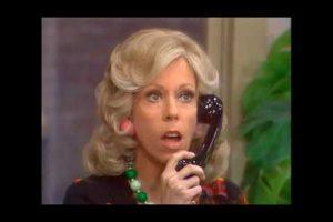 The-Best-of-The-Carol-Burnett-Show-Mrs.-Wiggins-Car-Problem