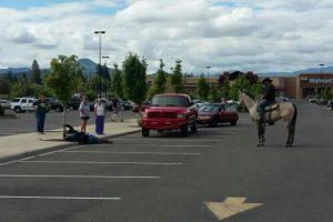 Cowboy-thwarts-bike-theft