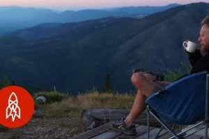 In-Montana-a-Solitary-Life-on-Lookout-Mountain