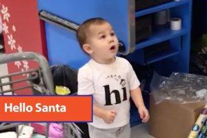 Baby-Likes-Inflatable-Santa