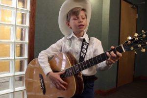 Mason-Ramsey-performs-Hank-Williams-Hey-Good-Lookin