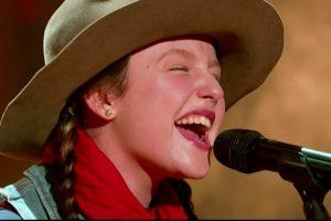 """Emi Sings Dolly Parton's """"Jolene"""""""