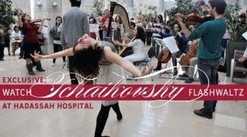 Tchaikovsky Flashwaltz Classical Flash Mob