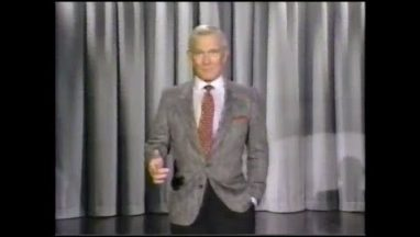 Tommy Smothers Dead-on Imitation of Johnny Carson