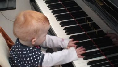 Amazing One Year Old Child Plays a Piano Concert