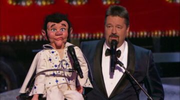Terry Fator Performs Elvis LIVE Christmas Special