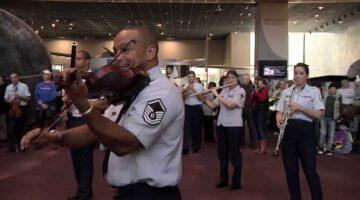 USAF Band Holiday Flash Mob